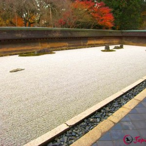 Ryoanji temple - Japanese rock garden