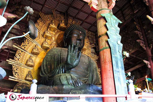 The Great Buddha Statue in Todaiji Temple | Japanesquest